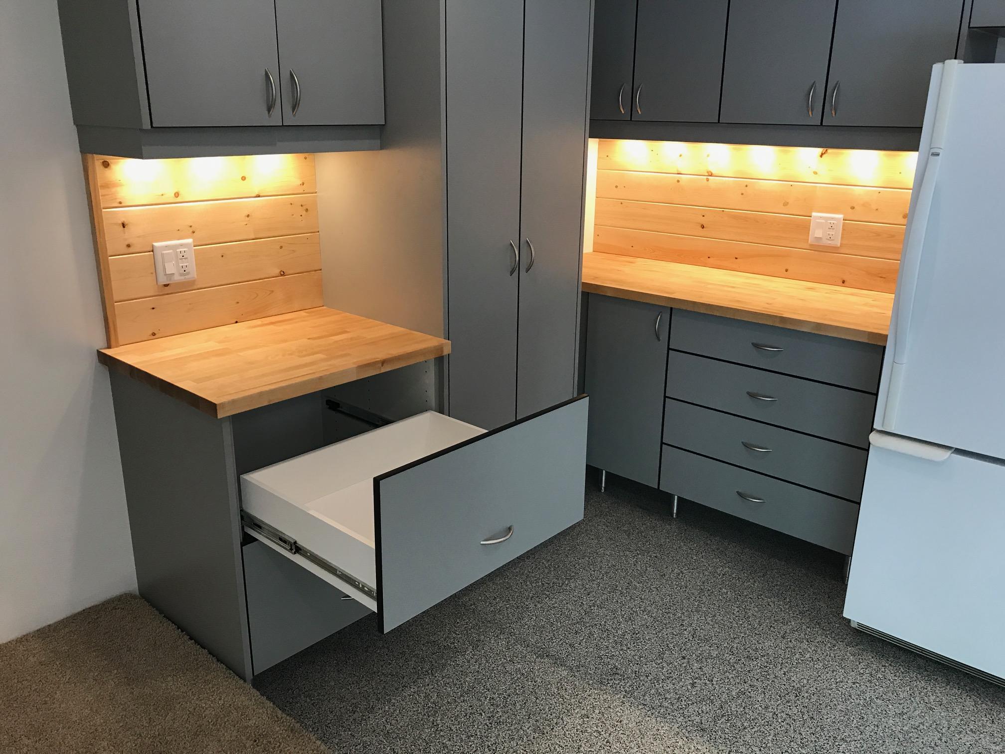 Custom Closet Design & Installation | Custom Closet Company St. Louis Park MN