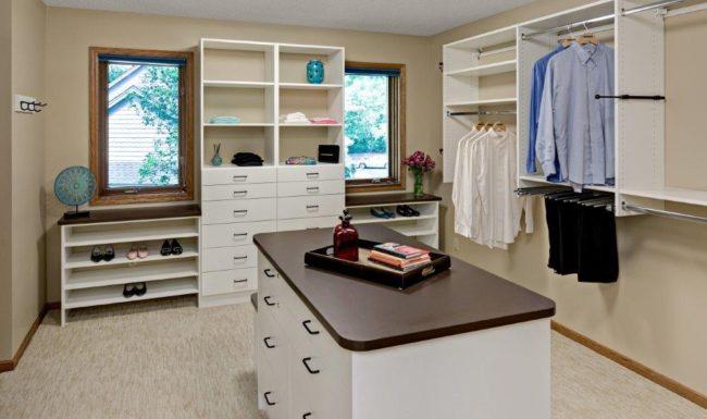 Bloomington Custom Closet