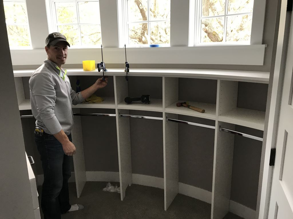 Closets For Life Installer, Corbin, Working On Installation