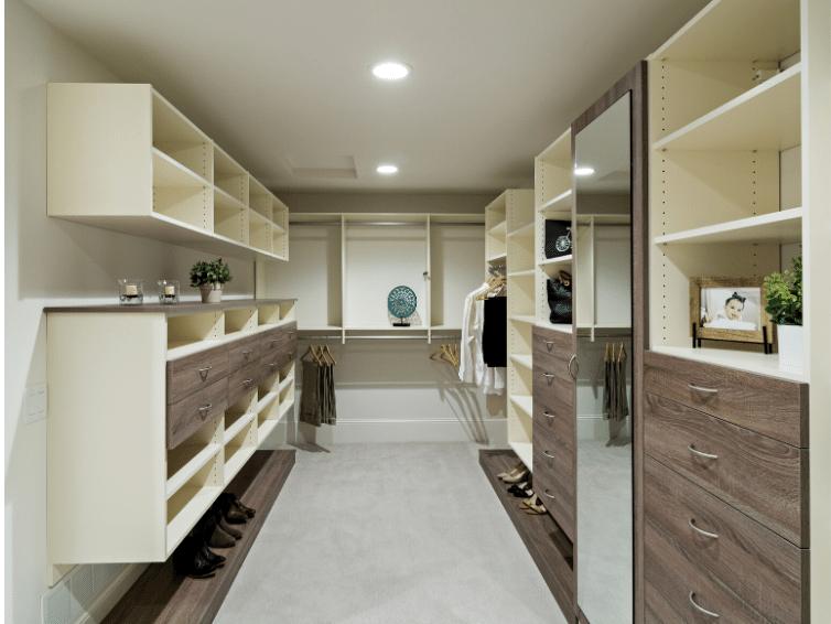 Minneapolis & St. Paul custom closet design with drawers
